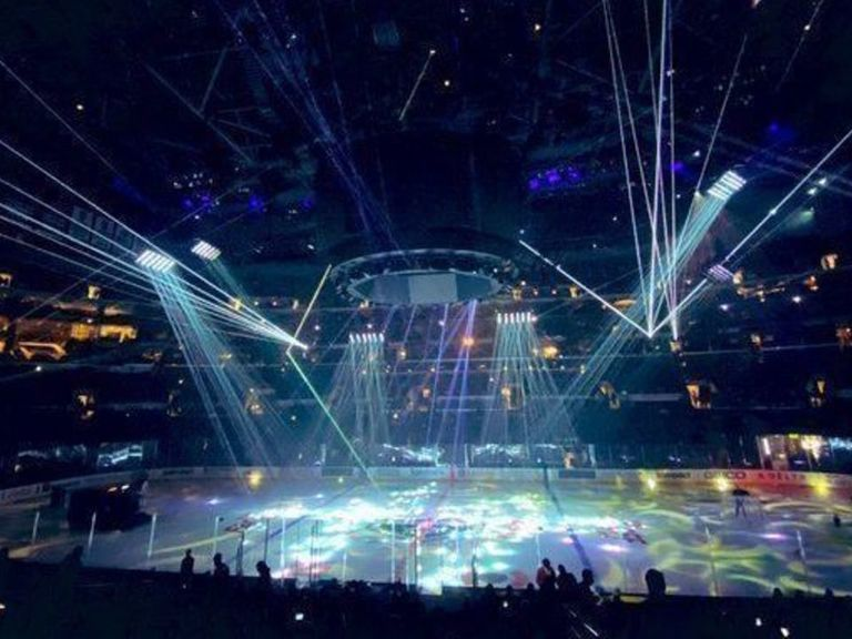 Kings set world record for largest laser show