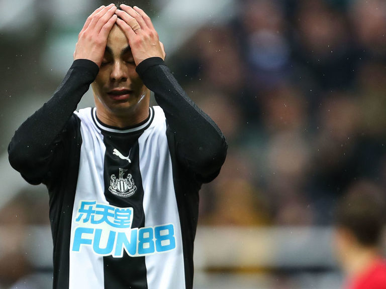 Eye on England: Newcastle's new style can help Almiron end goal drough