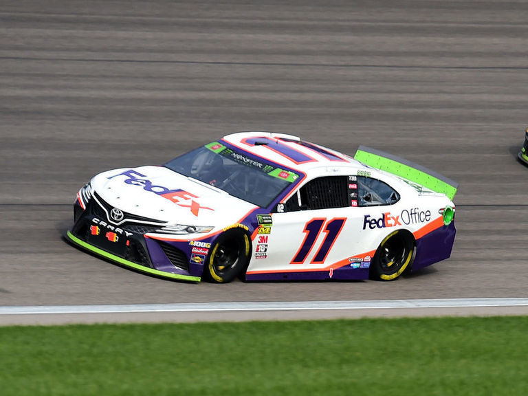 Denny Hamlin wins chaotic elimination race at Kansas Speedway