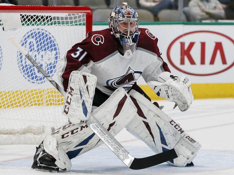 Avs' Grubauer day-to-day with lower-body injury