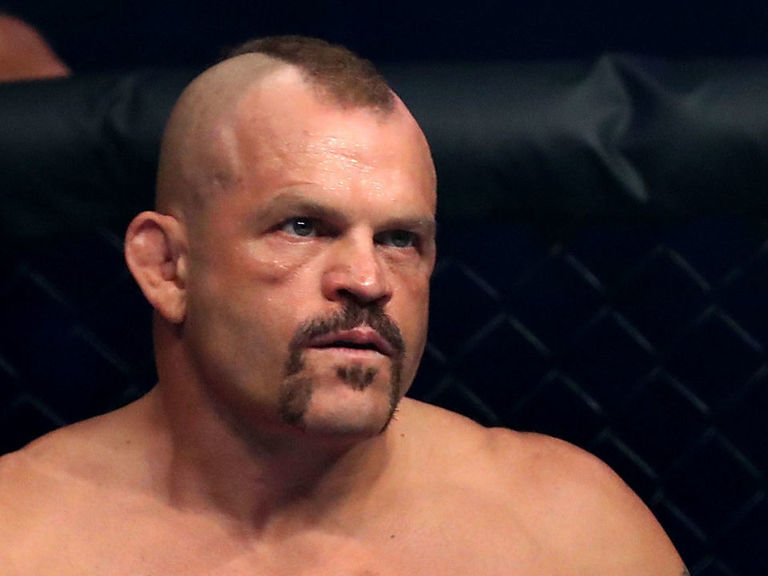 Chuck Liddell says he'd beat Mike Tyson in a street fight