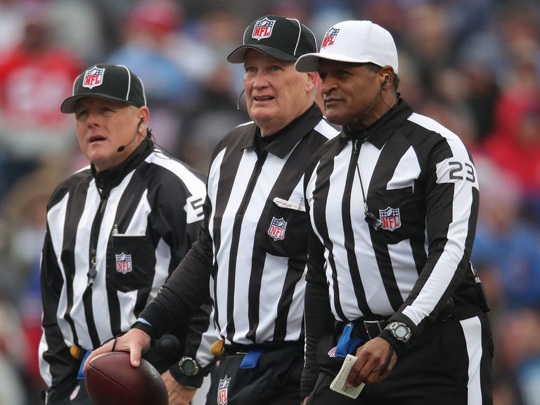 Report: NFL to conduct full review of officiating after season