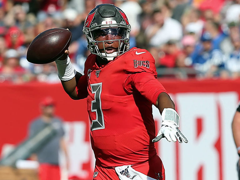 Winston intends to play vs. Lions despite thumb fracture