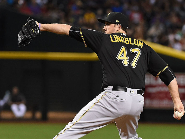 Report: Brewers sign KBO MVP Lindblom to 3-year contract