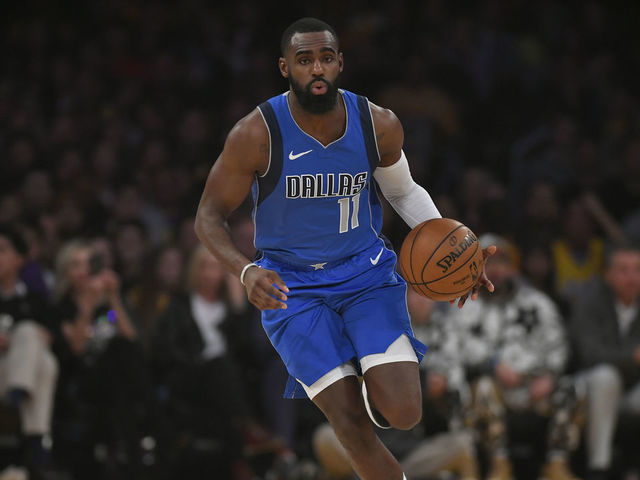 Mavs Hardaway Day To Day With Hamstring Strain Thescore Com