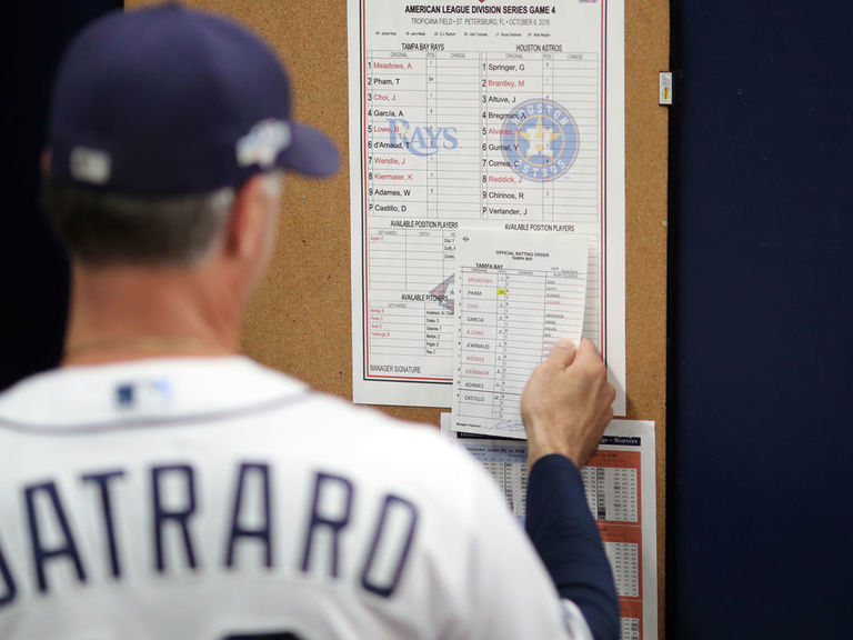 MLB next manager odds: Early favorites for Astros, Red Sox