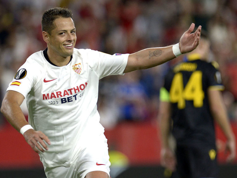 Report: LA Galaxy to make Chicharito highest-paid player in MLS