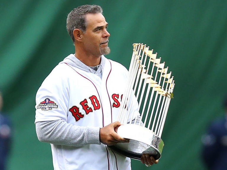 Lowell: I'd 'love to' manage Red Sox for 1 year if Cora returned after