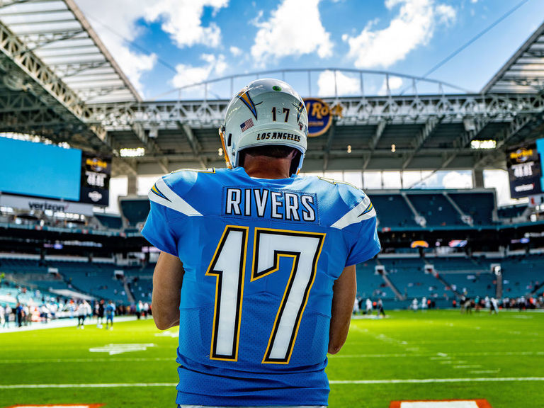 Rivers, family move from San Diego to Florida