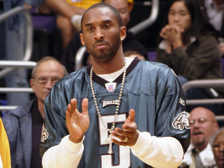 NFL players react to death of Kobe Bryant