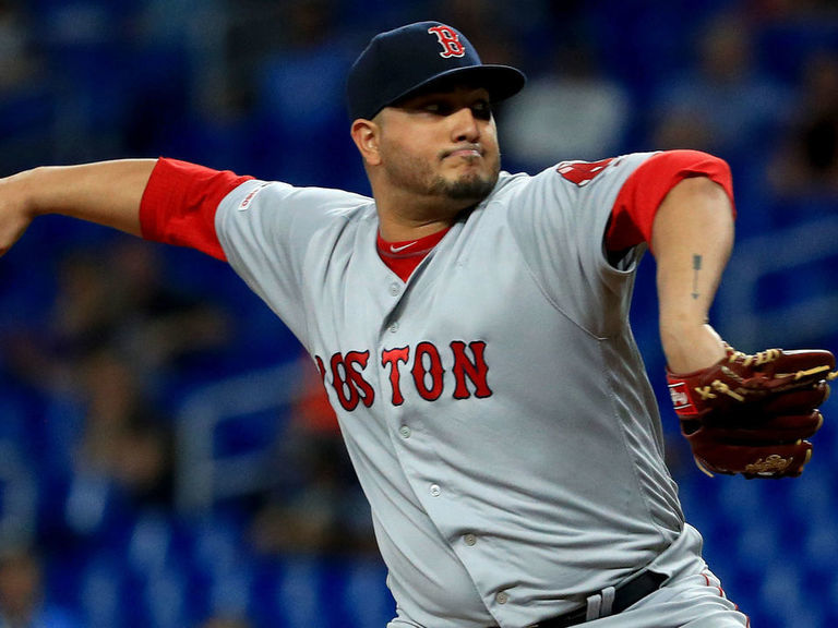 Report: Twins agree to minors deal with Jhoulys Chacin