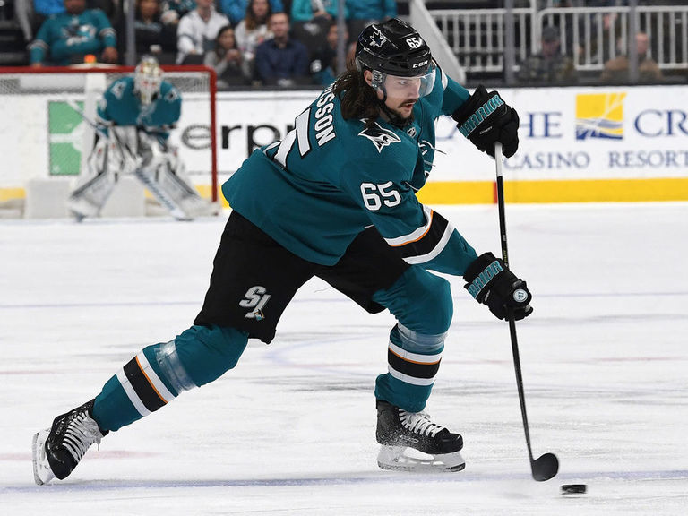 Sharks' Karlsson out for season with broken thumb