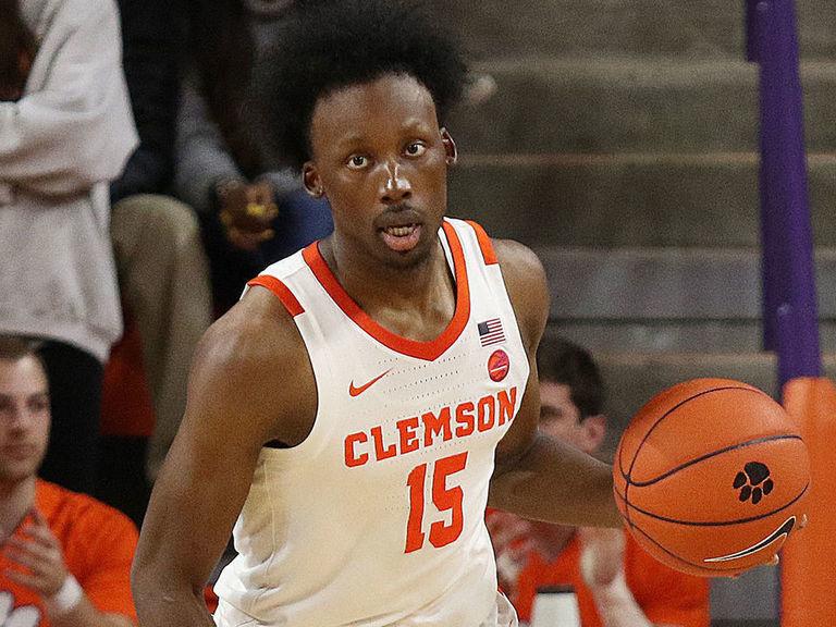 Clemson upsets No. 5 Louisville