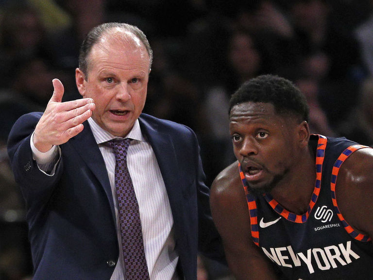 Knicks' Randle stumps for interim HC Miller: 'He's done a great job'