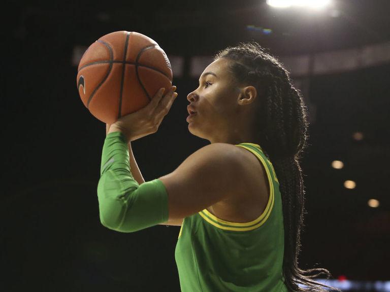 Oregon junior Sabally to declare for WNBA draft