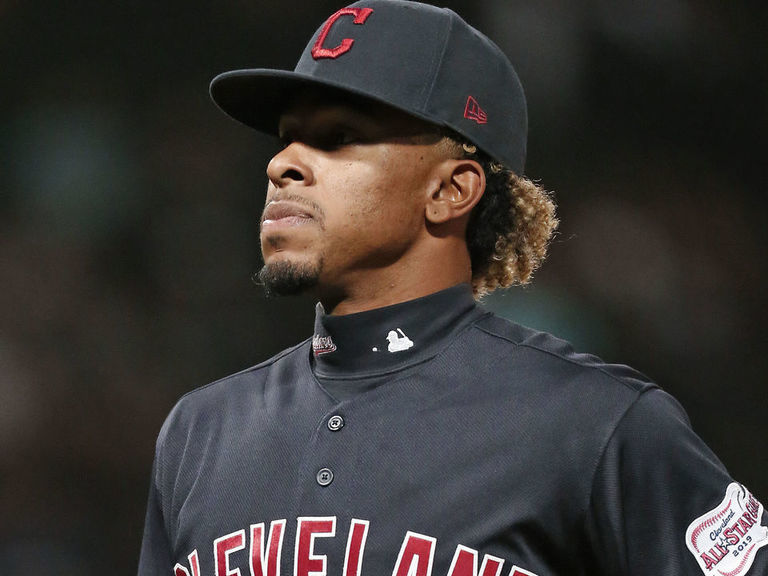 Lindor wants to stay with Indians, but says discounts 'don't exist'