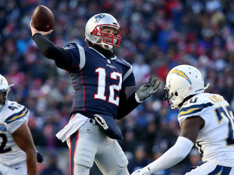 Will Tom Brady leave the Patriots? The odds say no