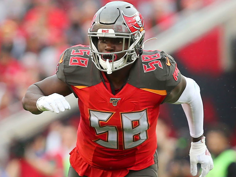 Report: Buccaneers strongly considering franchise tag for Barrett