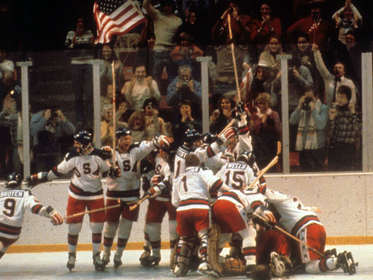 7 hockey films to watch during the NHL's hiatus
