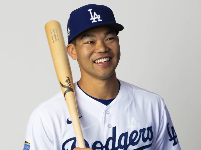Dodgers' Connor Joe recovering from testicular cancer surgery