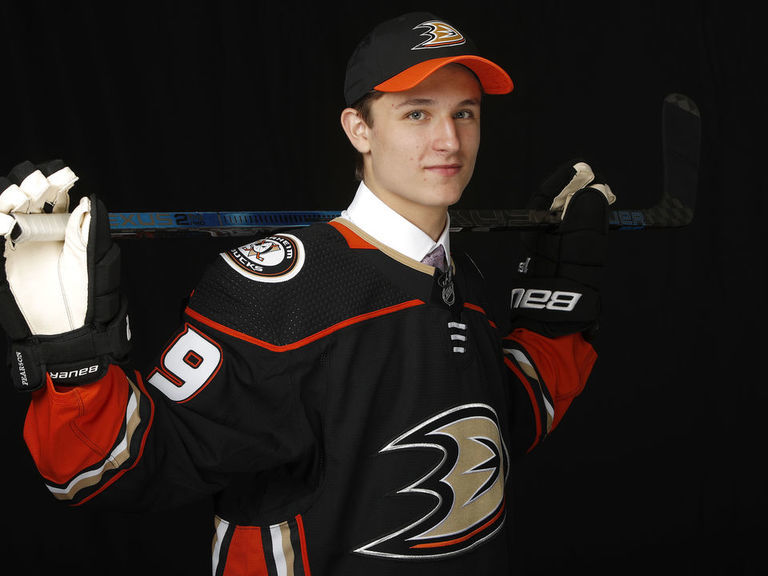 Ducks sign 2019 1st-rounder Zegras to entry-level contract