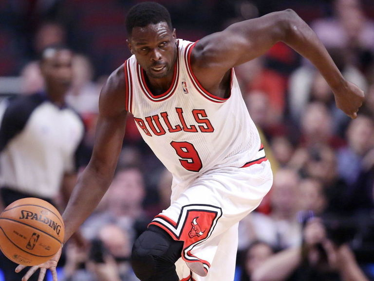 Luol Deng to retire after signing with Bulls